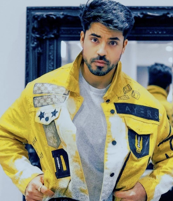 Get a Celebrity Video Greetings from Gautam Gulati