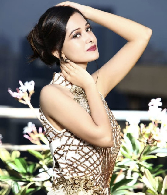 Get a Celebrity Shoutouts from Preetika Rao