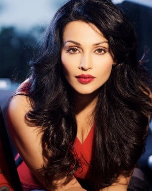 Get a Celebrity Greetings from Flora Saini