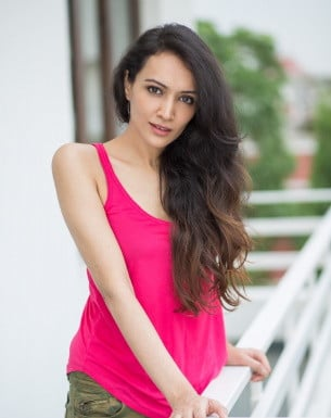 Get a Celebrity Greetings from Dipannita Sharma