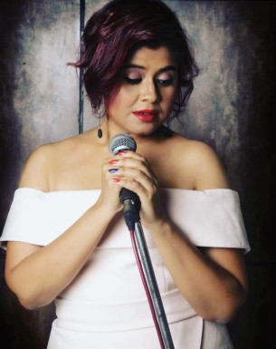Get a Personalized Celebrity Video Message from Pragya Dasgupta