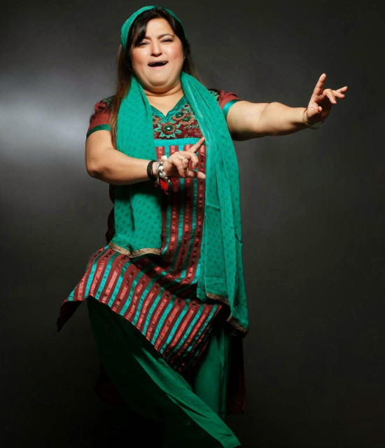 Get a Celebrity Video Greetings from Dolly Bindra