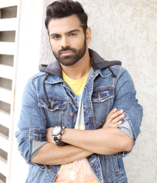 Get a Personalized Celebrity Video Message from Sreerama Chandra