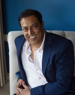 Get a Celebrity Greetings from Vindu Dara Singh
