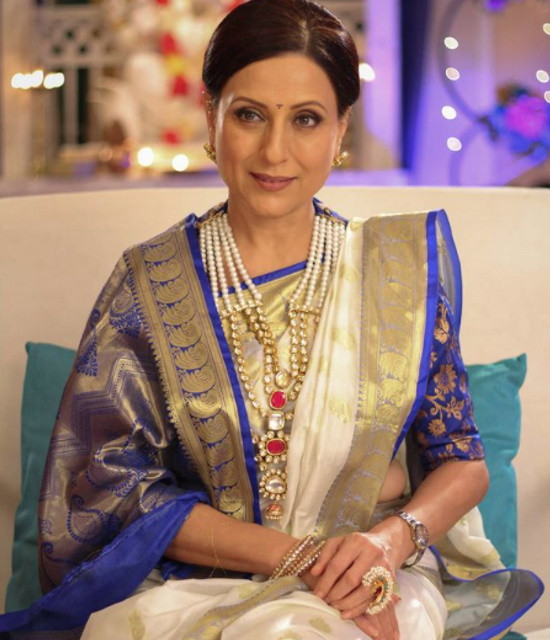Get a Celebrity Greetings from Kishori Shahane
